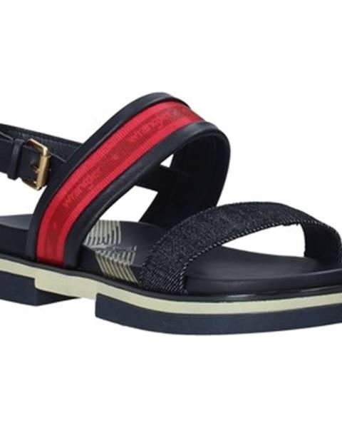 Červené sandále Wrangler