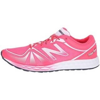 Bežecká a trailová obuv  822