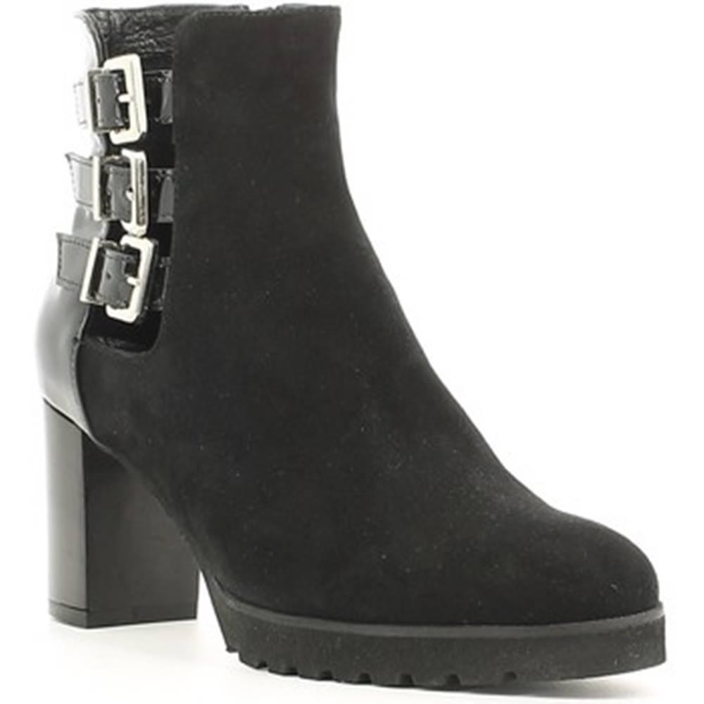 Grace Shoes Čižmičky  256