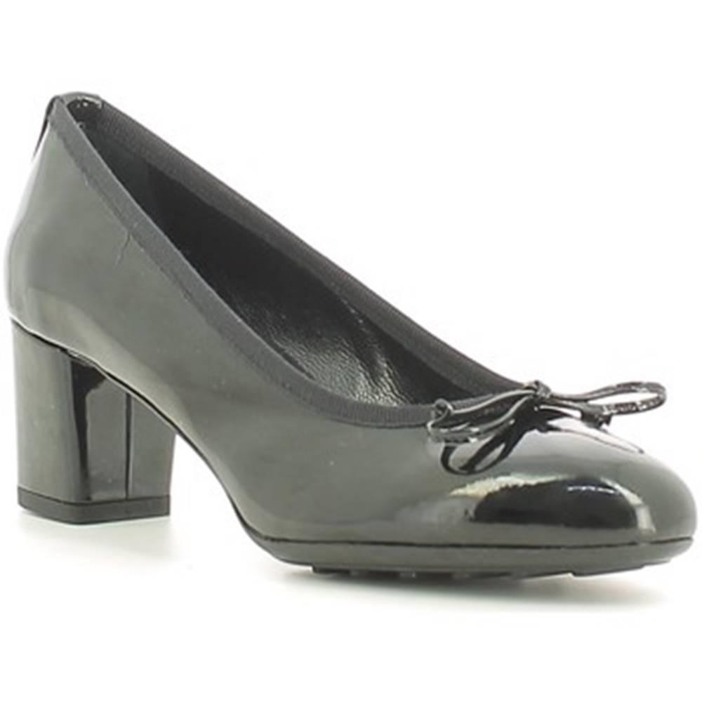Grace Shoes Lodičky  200