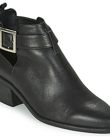 Čierne topánky Castaner