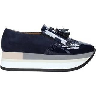 Slip-on Grace Shoes  331016
