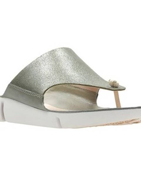 Strieborné topánky Clarks