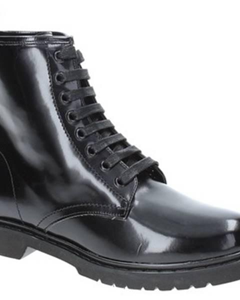 Čierne polokozačky Grace Shoes