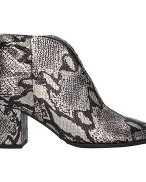 Strieborné topánky Paola Ferri