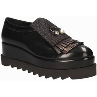 Slip-on Grace Shoes  0583