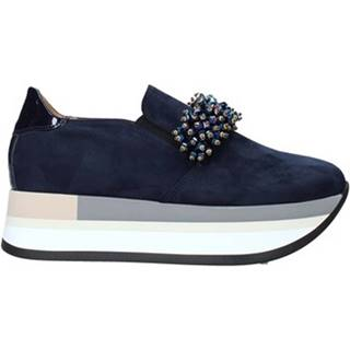 Slip-on Grace Shoes  331015