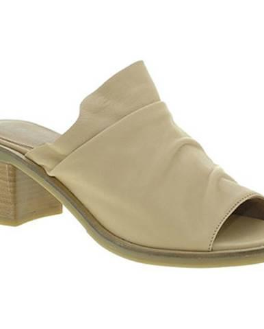 Béžové topánky Mally