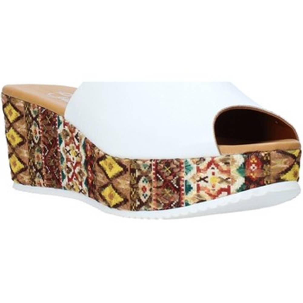 Grace Shoes Šľapky Grace Shoes  10