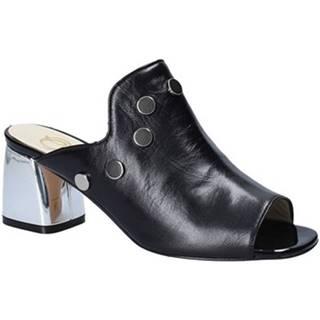 Šľapky Grace Shoes  548