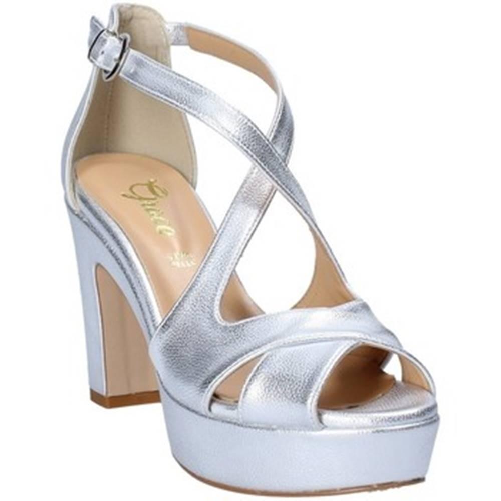 Grace Shoes Sandále Grace Shoes  1706