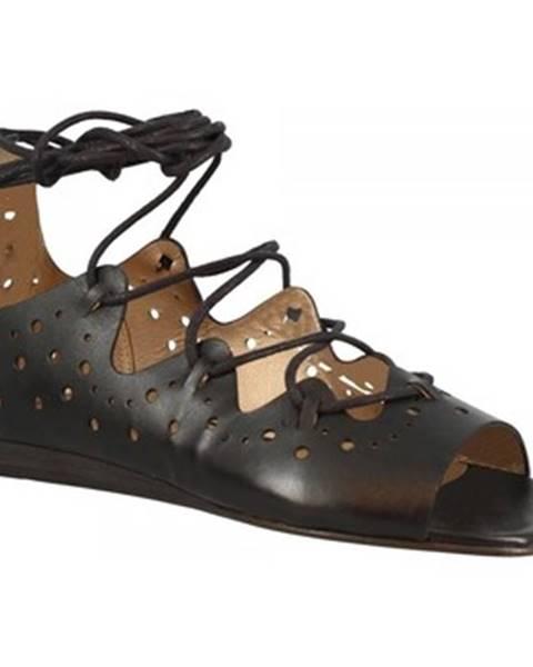 Čierne sandále Leonardo Shoes