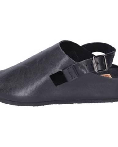 Čierne sandále Moma