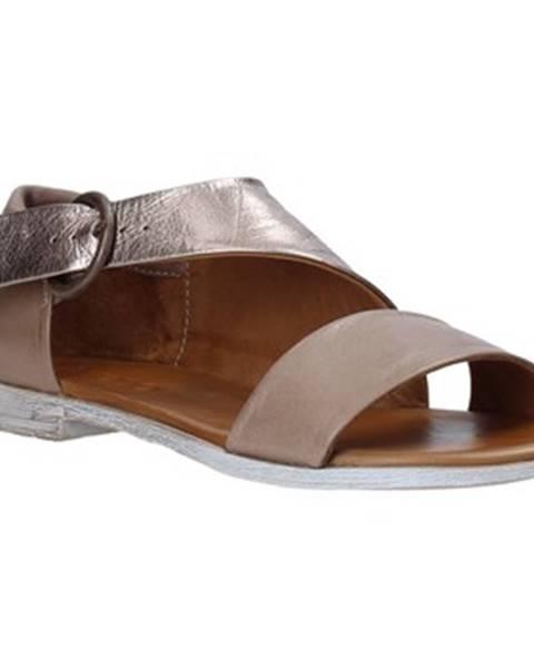 Sandále Bueno Shoes