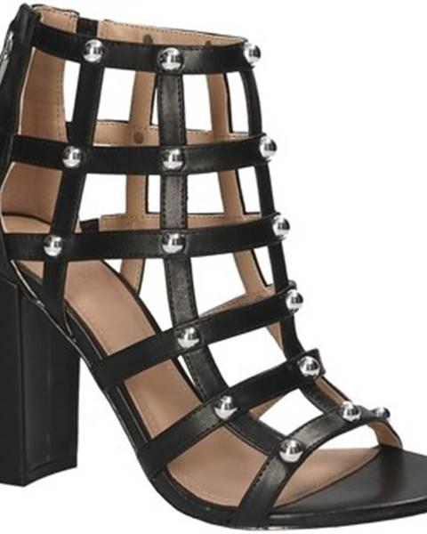 Čierne sandále Guess