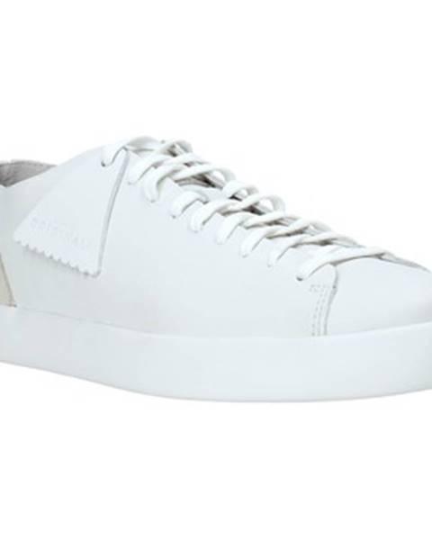 Biele tenisky Clarks
