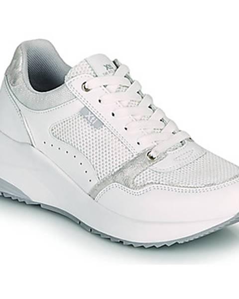 Biele tenisky Xti