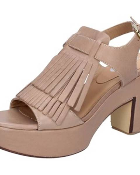 Hnedé sandále Shocks