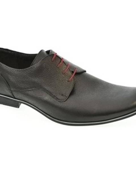 Čierne topánky Trio
