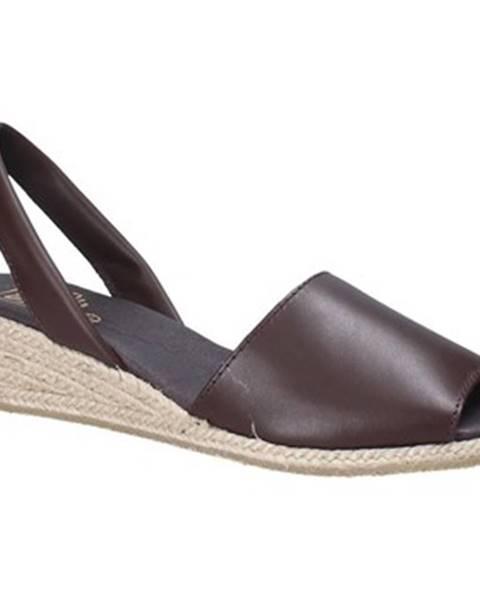 Hnedé sandále Ska