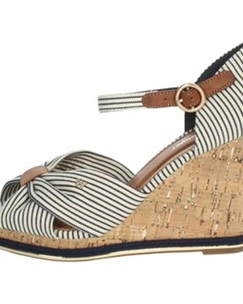 Viacfarebné sandále Wrangler