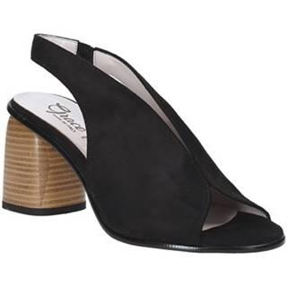 Sandále Grace Shoes  492S001