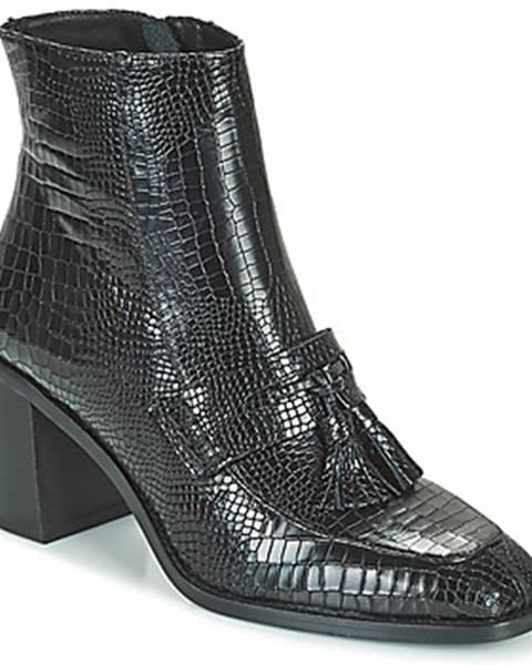 Čierne topánky Minelli