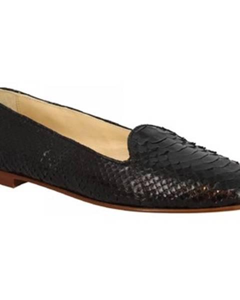 Čierne balerínky Leonardo Shoes