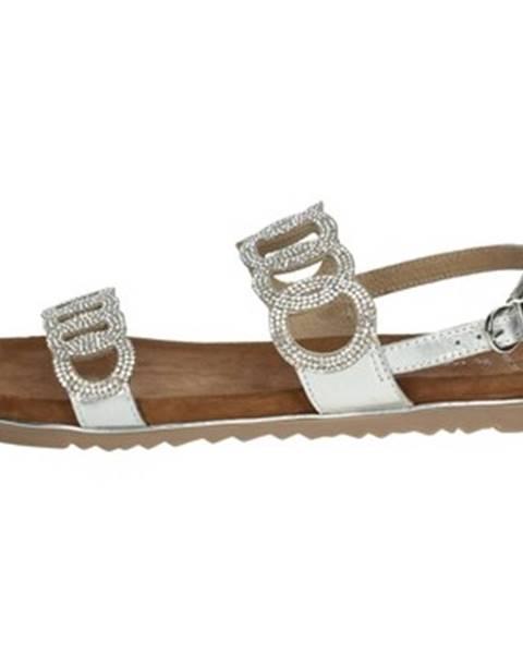 Strieborné sandále Marco Tozzi