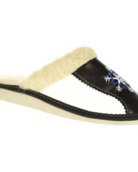 Čierne papuče John-C