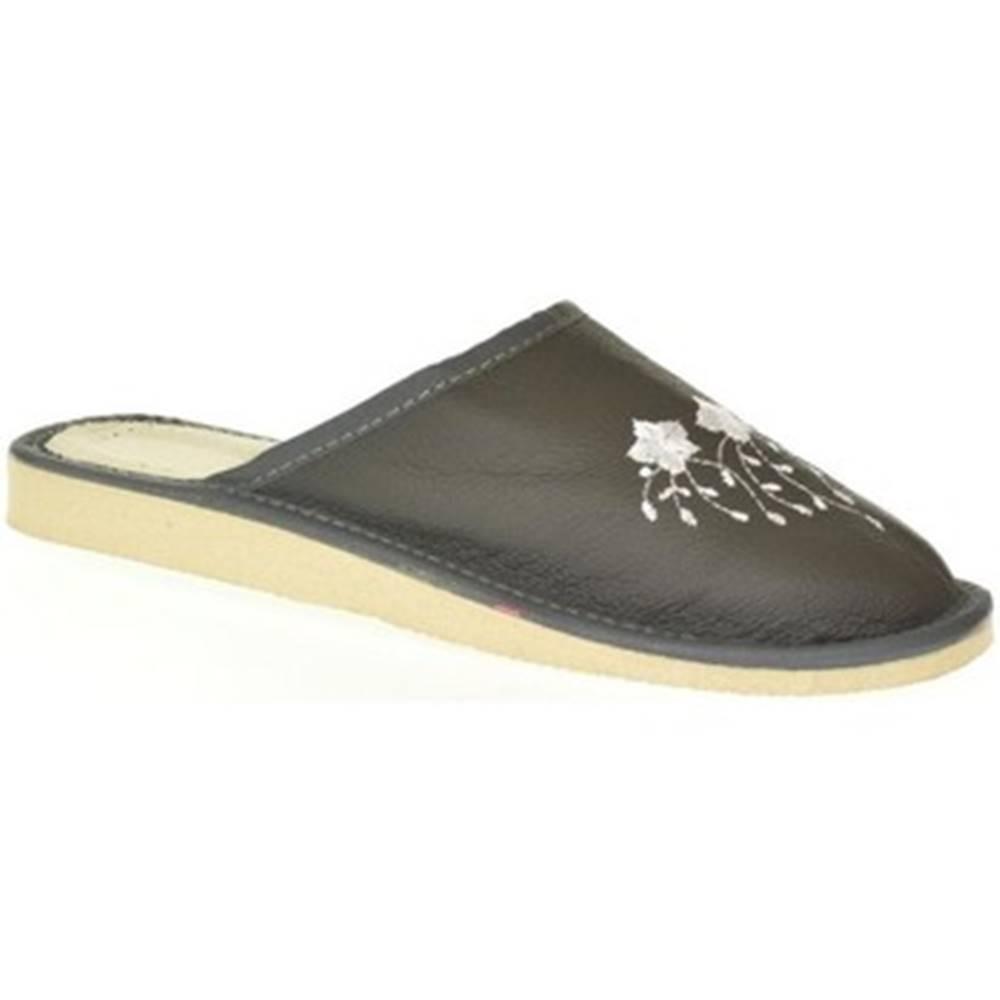 John-C Papuče John-C  Dámske sivé kožené papuče LIASA