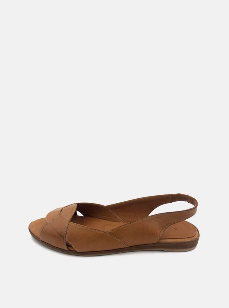 wild Hnedé dámske kožené sandálky WILD