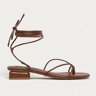 Tmavohnedé sandálky na nízkom podpätku ALDO Giannaflex