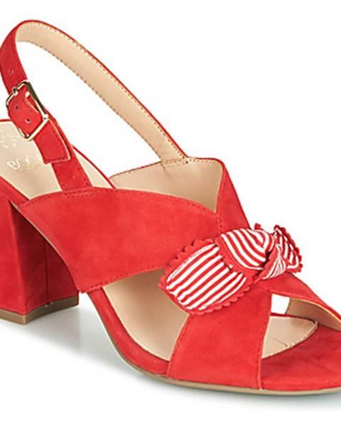 Červené sandále Bocage