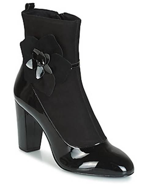 Čierne čižmy André