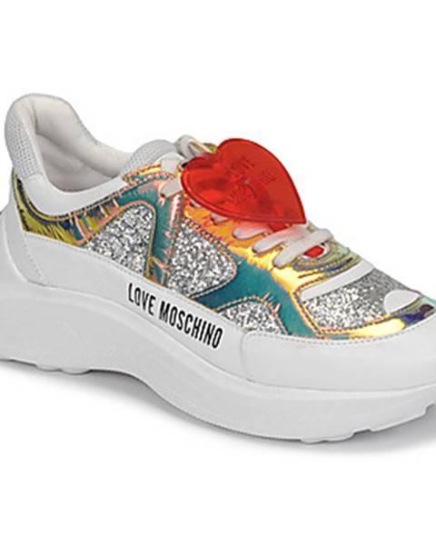 Strieborné tenisky Love Moschino