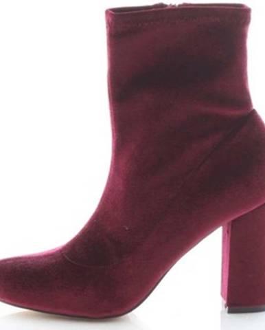Červené čižmy Madden Girl