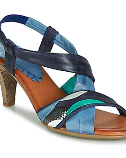 Modré topánky Betty London