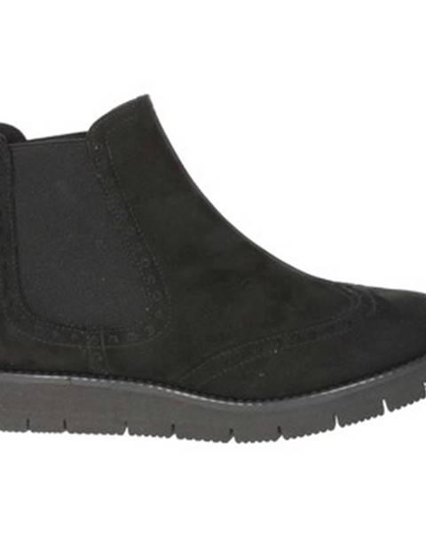 Čierne topánky Novaflex