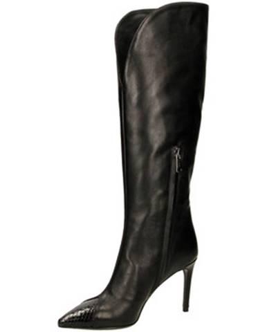 Čierne čižmy Tiffi