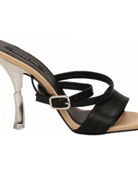 Čierne topánky Patrizia Pepe
