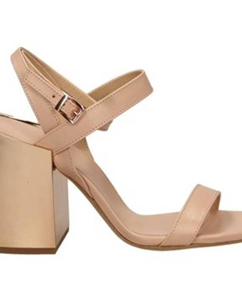 Ružové topánky Vic