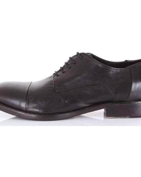 Čierne topánky Pawelk's