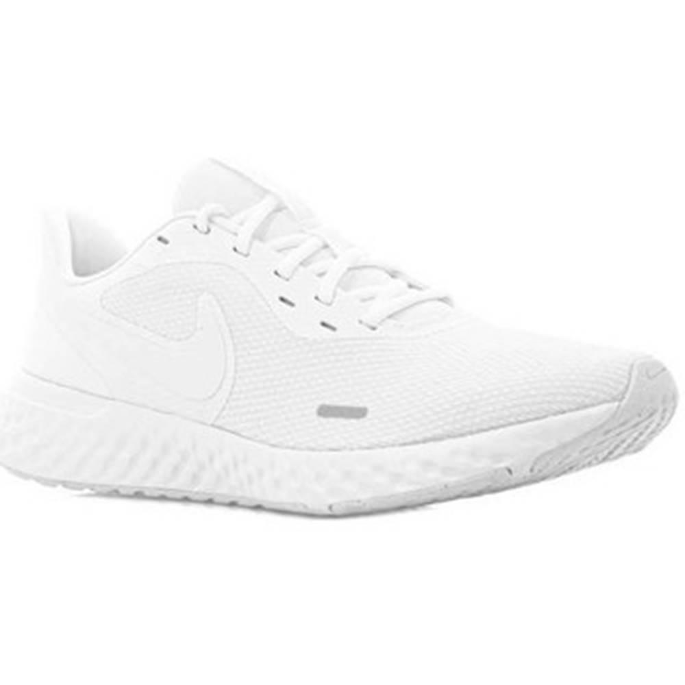 Nike Bežecká a trailová obuv Nike  Revolution 5