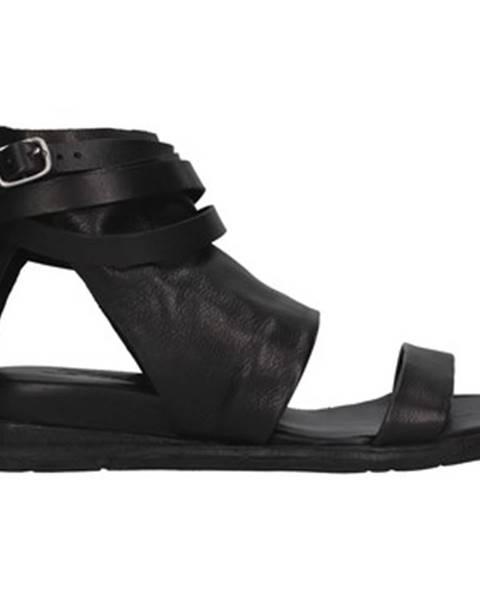 Čierne topánky Rebecca White