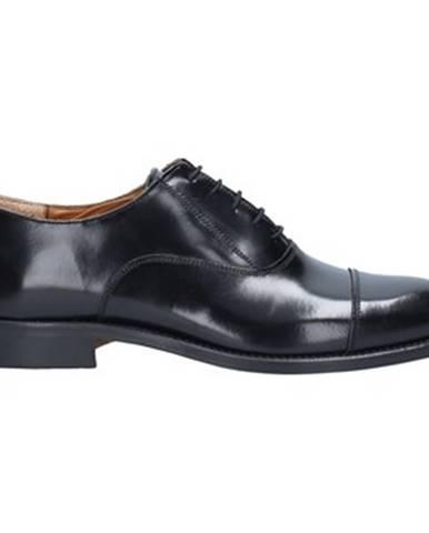 Čierne topánky Gino Tagli