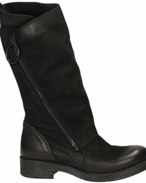 Čierne čižmy Metisse