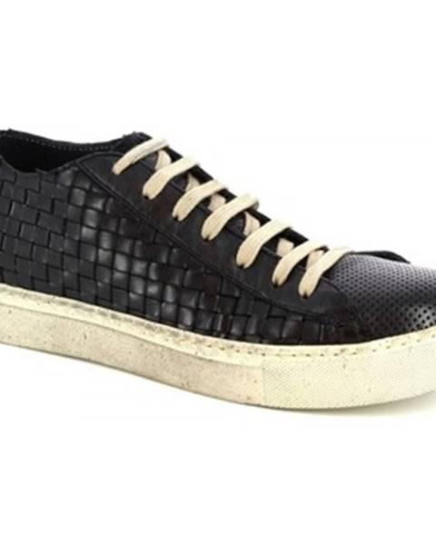 Čierne tenisky Leonardo Shoes