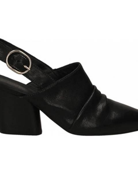Červené topánky Mat:20