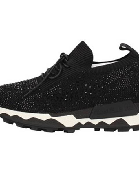 Čierne topánky Emanuélle Vee